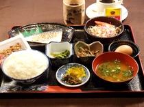 朝はやっぱり和食ですね♪ 朝食付きプラン ※写真は一例です。