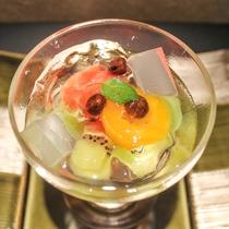 【お料理一例】季節のみずみずしい果物を使った水菓子