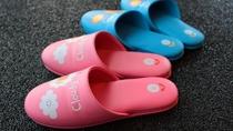 【 お子様用スリッパ】小さなお子様には履きやすいスリッパもご用意しております。(S、M、L)