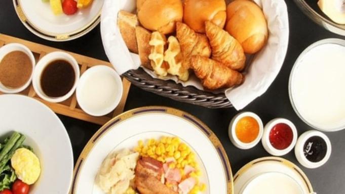 【朝・夕食はお食事処】贅沢な時間☆夕食和食懐石膳&選べる朝食[和食朝食又は洋食朝食]プラン