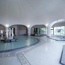 【本格ドーム型ローマ風大浴場】硫黄泉、食塩泉、鉄泉の3つの泉質をご用意致しました。