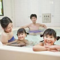 【家族風呂】他のお客様に気兼ねせず、ご家族だけで利用できる温泉(要予約)