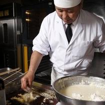 【夕食バイキング】実演料理「天ぷら」コーナー