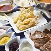 【夕食バイキング】天麩羅・ステーキは選べる塩やソースで