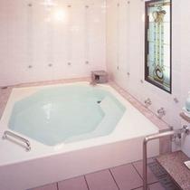 【家族風呂】ご家族だけでのんびりできる貸切の温泉です。