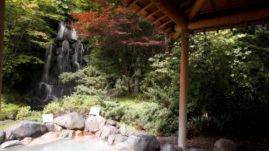 ◆庭園露天風呂 岩風呂(一例)