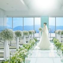 【チャペル】最上階にはチャペルがあり、結婚式・披露宴など承っております。