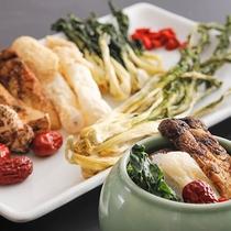 【中国料理‐桃李】独特な味わいが身体に沁みわたる、こだわりの「薬膳スープ」