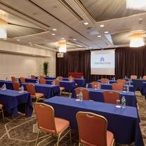 【会議室】宴会場を会議室としてご使用可能です。広さは大~小までございます。
