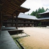 【書写山・円教寺】車で30分。大講堂、食堂、常行堂からなる「三つの堂」