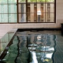 *【大浴場】(内湯一例)手足を伸ばしてゆったりと心安らぐひと時をどうぞ。