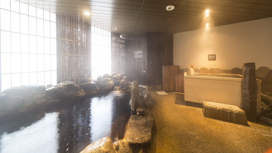 【男性】外気浴(湯温:41℃~42℃)天然温泉♪