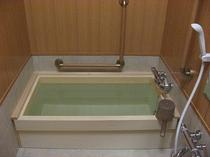 高野槇の木の風呂桶