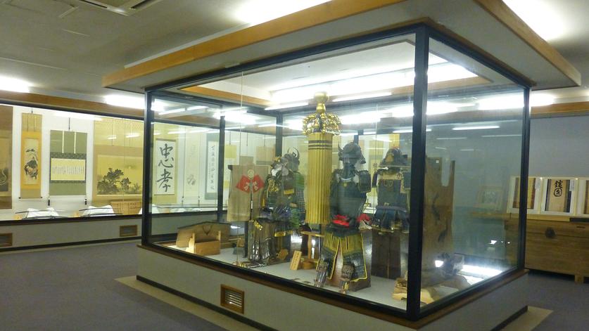 *【咲花城天祥閣 資料展示室】「越後はなさかの国」のいにしえのロマンを存分にお楽しみください。