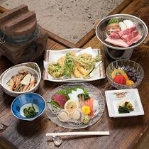 *夕食(シニア)一例/趣のある囲炉裏のあるお食事処でごゆっくり。