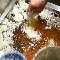 【 親方 】 天ぷら調理風景