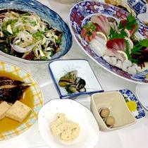 【南国コース一例】お造りは皿鉢に盛って豪快に!新鮮な魚介たっぷりのお料理を召し上がれ♪