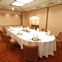【宴会場】「志賀」。各種ご宴会・会議にご利用下さい。