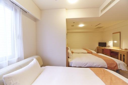 【トリプルルーム】◆全室WiFi接続OK!◆喫煙室◆