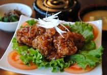 油淋鶏ソース鶏モモ竜田揚げランチ