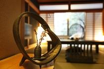シックモダン和室10畳(灯の間)入口イメージ