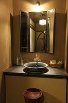 シックモダン和室10畳(灯の間)洗面