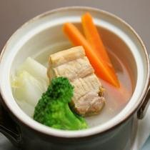 ポテ(塩豚と野菜の煮込み)