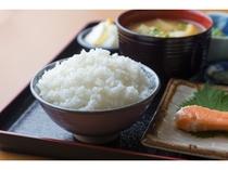 有料朝定食  武川米のご飯