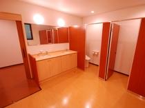 新館トイレ(女性用)