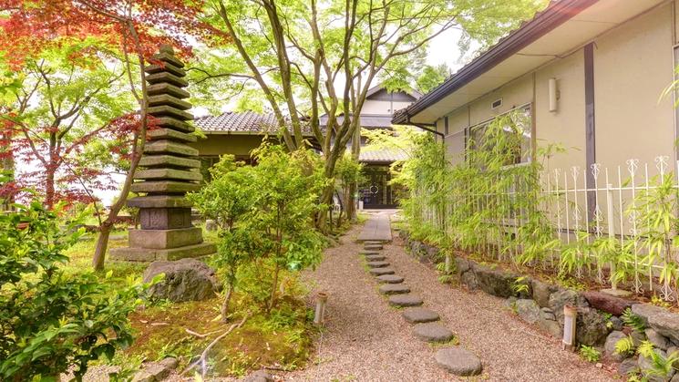 *喧騒から離れて落ち着いた京都をはんなりとお過ごしいただけます。