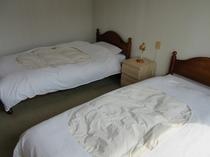 ホテル洋室1F