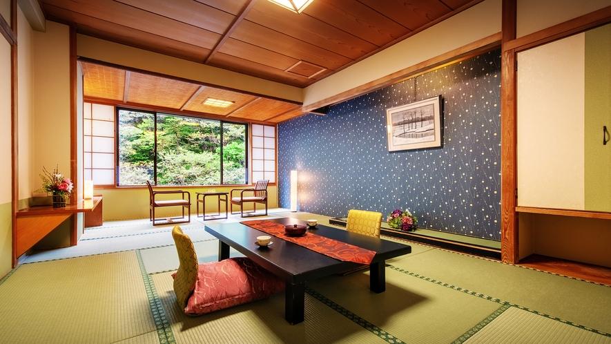 ■<渓谷側>【和室10畳】■目の前には渓谷、眼下には川のせせらぎ。会津の美しい四季の景観に癒されます