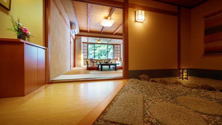 ■<渓谷側>【展望風呂付客室】■客室一例。お部屋ごとに趣が異なる和の空間が広がります。