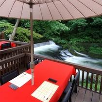 【川どこ】美しい緑と渓流の傍で特製ランチをお楽しみください♪