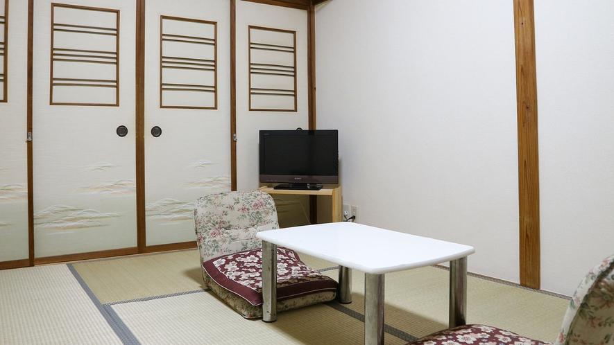 *【和室6畳(客室一例)】一人旅やビジネスに◎足を伸ばしてのんびりお寛ぎ下さい。