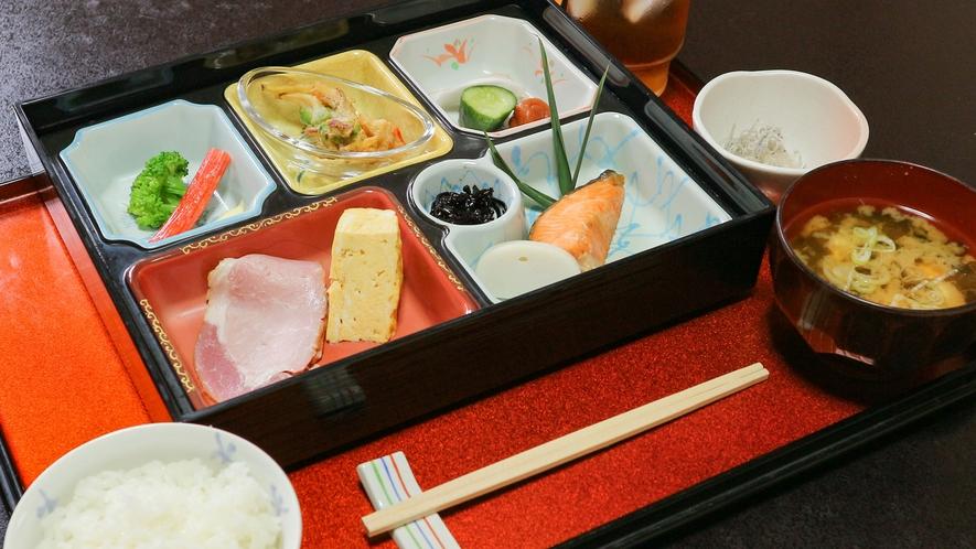 *【日替わり朝食(一例)】オーナー手作りの和定食☆メニューは仕入れによって変更します。