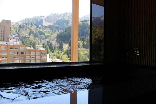 【川音の間】4月オープン 大自然の音色をBGMに〜温泉付客室