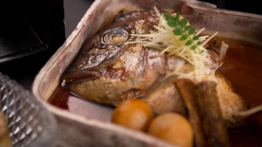 季節のお料理★サン柳亭のお味~人気鯛兜煮