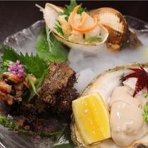 天然岩牡蠣・活きバイ貝・活きサザエ種盛り