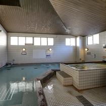 *大浴場(女湯) 富嶽三百三十三尺の湯:ミネラル豊富な伏流水