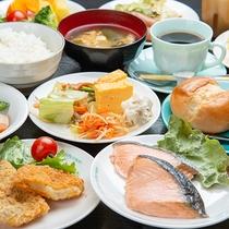 *ご朝食(一例) バイキング形式、お好きなものをお好きなだけ