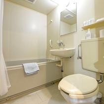 *ツインルーム(客室一例) ユニットバス完備
