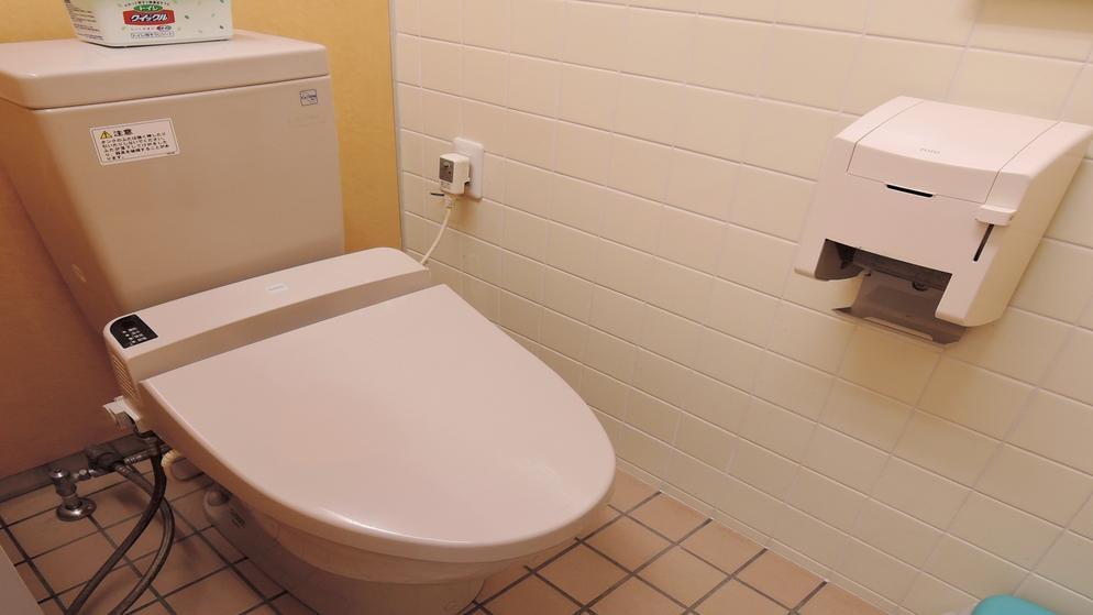 *1階共同トイレ