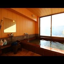 展望風呂■えぼし岩と河原子港を望む展望風呂です