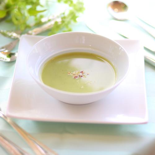 *【洋食一例】料理長が季節毎に食材を吟味してメニューを作ります(イメージ)