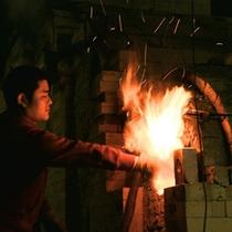 *【白山登窯/高遠焼】年に1度(11月)登窯の火入れを行います。見学をご希望の方は要問合せ。