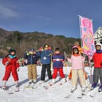 *伊那スキーリゾートの無料レッスン「楽ちんレッスン」(イメージ)