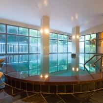 *【大浴場】「むらさき」23時以降清掃のため、翌朝も新鮮な源泉を堪能できます