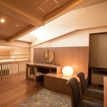 メゾネット2F洋室