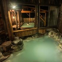 夜の大浴場2